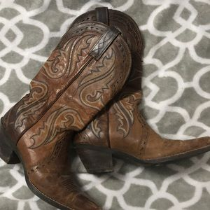 Arias cowboy boots